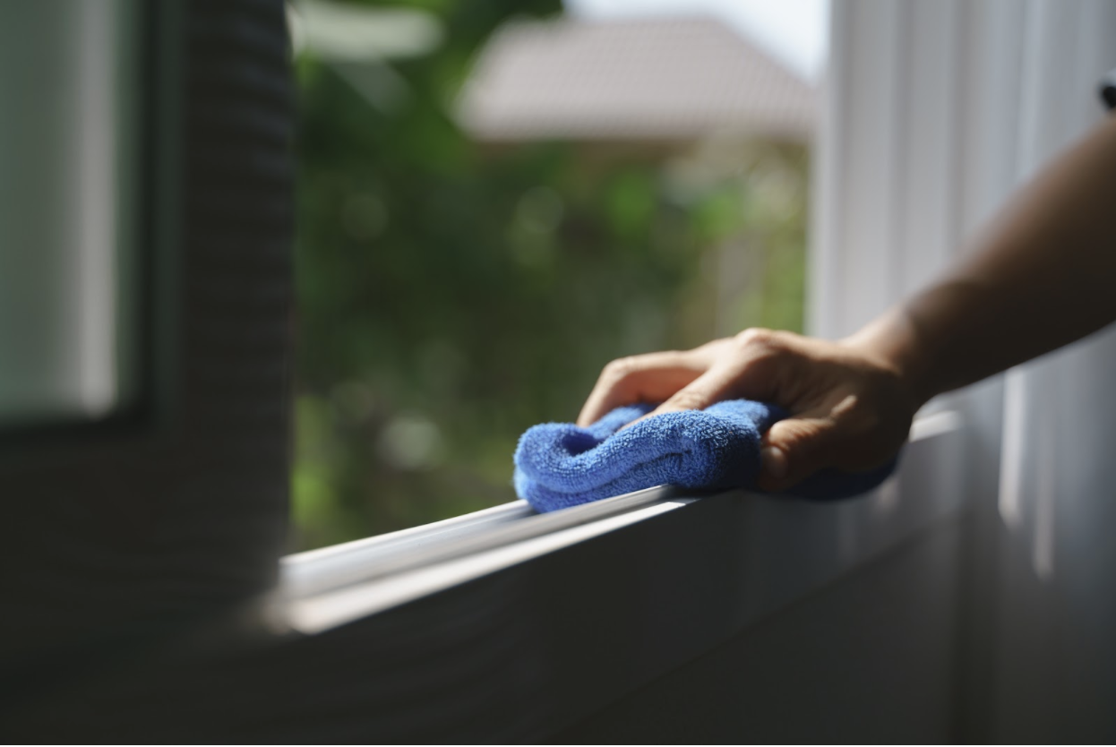 Cleaning process for Double Hung windows